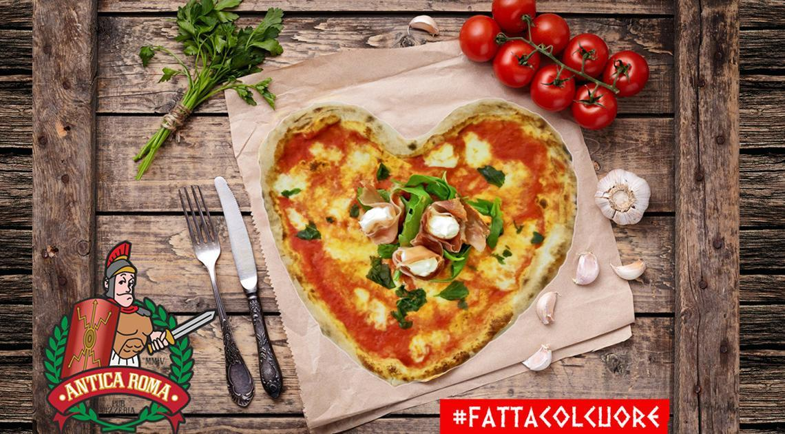 fatta-col-cuore-copert-1-1140x630 Happy Pizza - collectible menu box